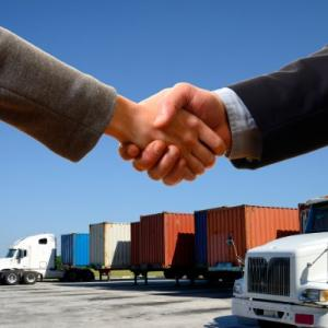 Signs You Should Invest In A Freight Broker